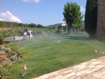sistemi irrigazione giardini sopra il muro